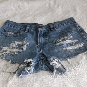 Levi's 514 distressed cut-off jeans size 10
